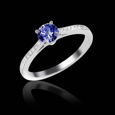 Verlobungsring mit blauem Saphir in Weissgold Elodie