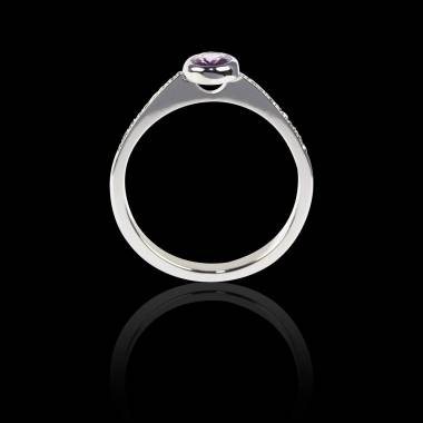 Verlobungsring mit schwarzem Diamant in Weissgold Moon