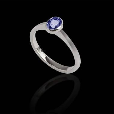 Ovaler, blauer Saphirsolitärring in Weissgold Moon Solo