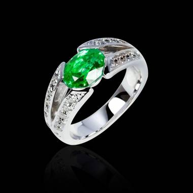 Verlobungsring mit Smaragd in Weissgold Isabelle