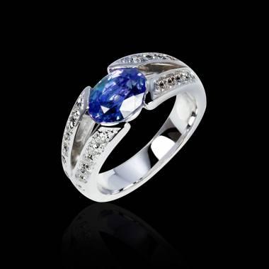 Blauer Saphirring in Weissgold Isabelle