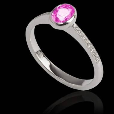 Ovaler, rosa Saphirring Moon