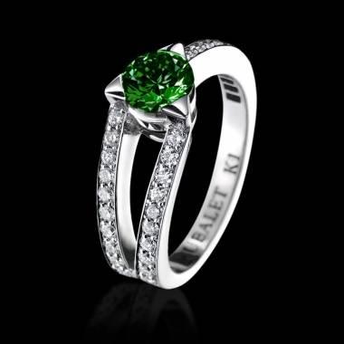 Verlobungsring mit Smaragd in Weissgold Plena Luna