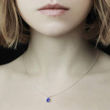Blauer Saphiranhänger Goutte d'amour