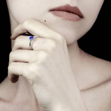 Bague saphir bleu Laureen solo