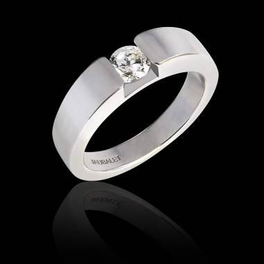 Verlobungsring mit rundem Diamant in Weissgold Pyramide