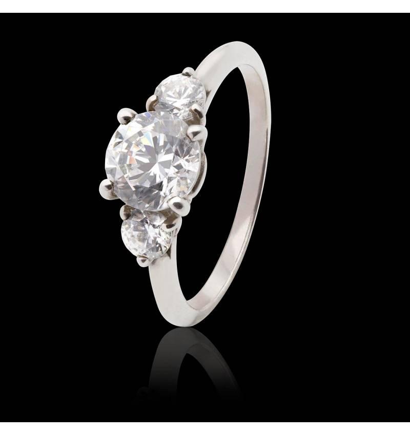 Verlobungsring mit Diamant in Weissgold Nayla