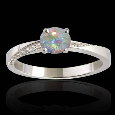 Bague opale blanche Meryem