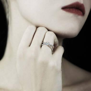Bague opale blanche Amandine