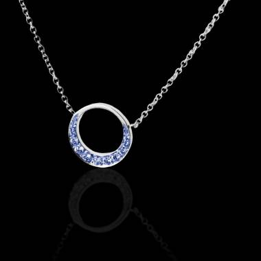 Blauer Saphiranhänger Clair de Lune