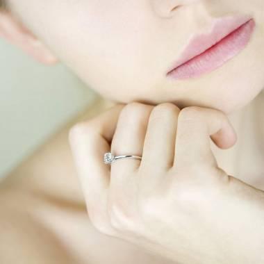 Diamantsolitär in Weissgold Valentina